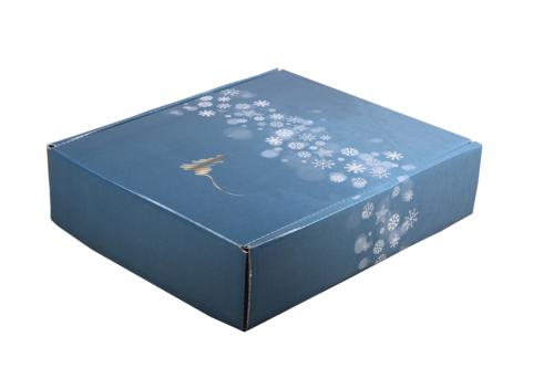 Image du produit Coffret Alaska carton bleu/or/argent/blanc 3 bouteilles